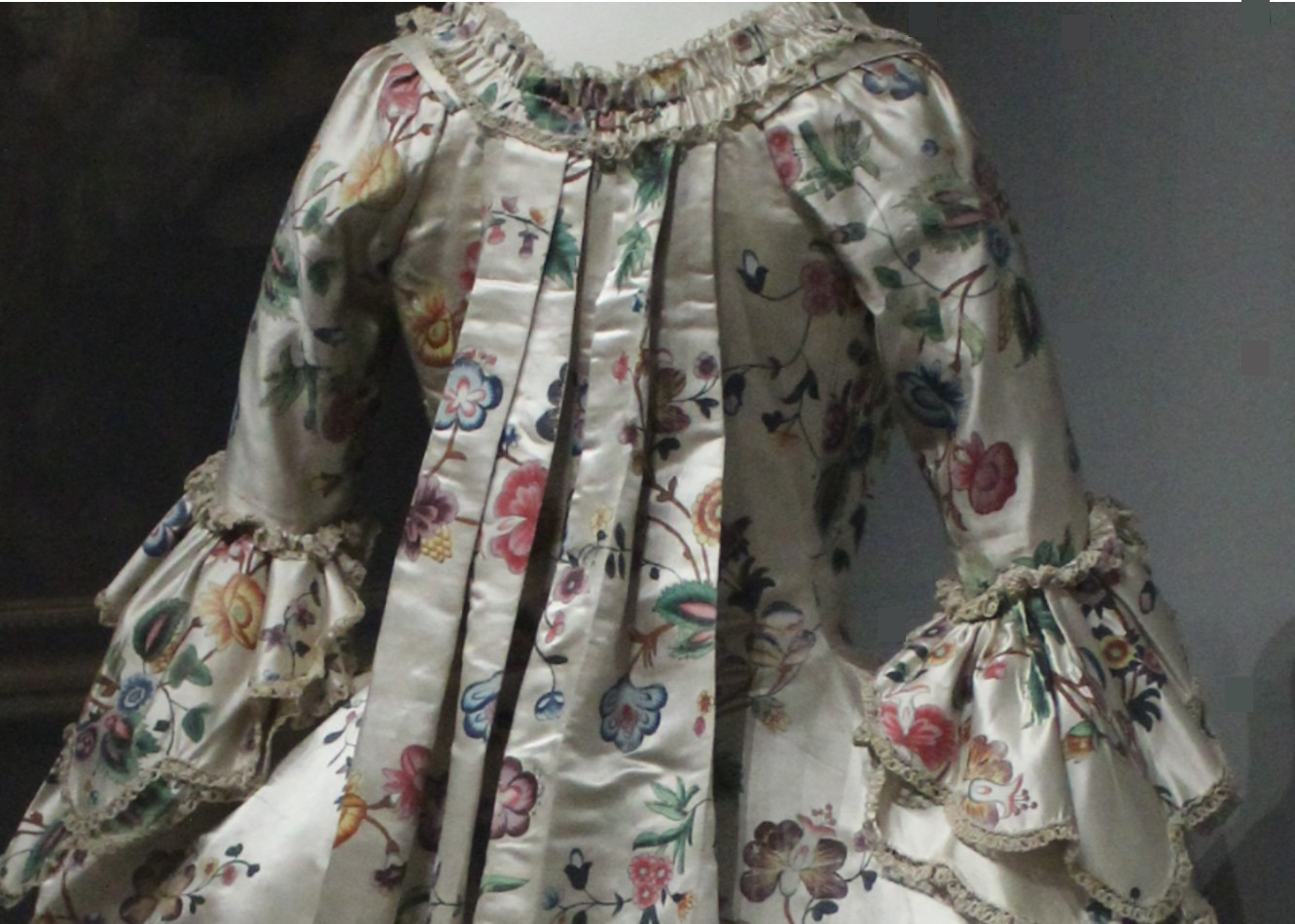 f46e7062b84 A robe à la française from around 1760 – 1770